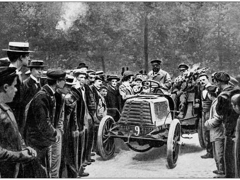 Dünyanın En Eski Arabaları Kaç Yaşında?