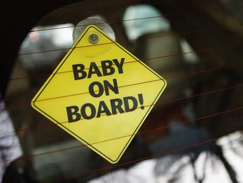 Dikkat Arabada Bebek Var!