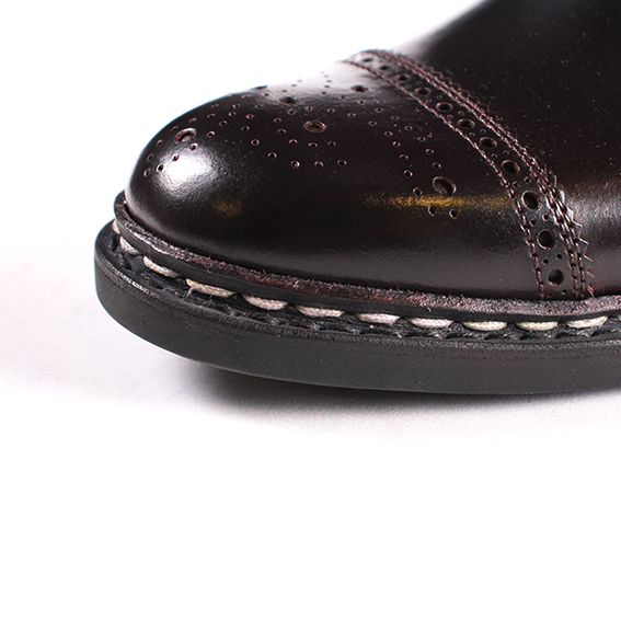 punchedcap_toe