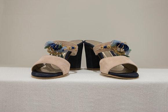 Sandali bicolore con pietre