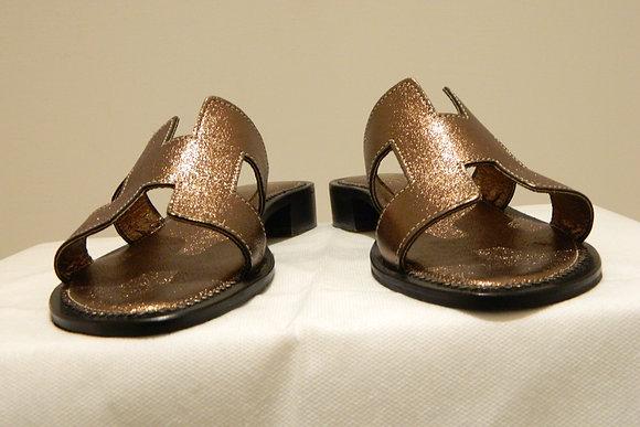 Sandali modello Hermes laminato bronzo
