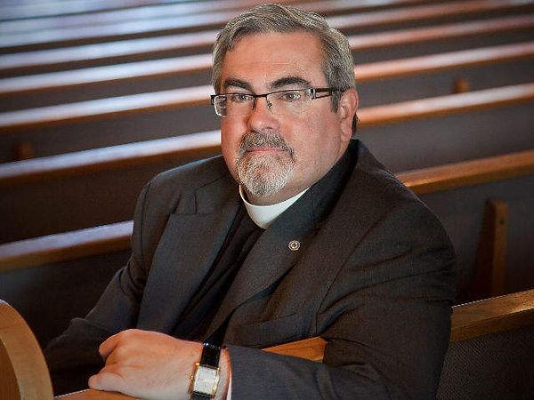 bishop_20130603160956_640_480.JPG