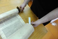 Photo 188 - Lenin Scientific Library - R. Koves Examines Torah Library Catalogue