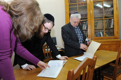 Photo 8 - Lenin Scientific Library - R. Koves and Sessler Inspect the Catalogue