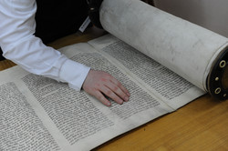 Photo 47 - Lenin Scientific Library - R. Koves Inspects Torah Catalogue # 12 - Y