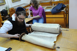 Photo 153 - Lenin Scientific Library - R. Koves Inspecting Torah with Library Ca