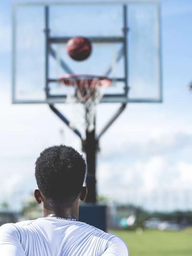 athlete-ball-basketball-936129.jpg