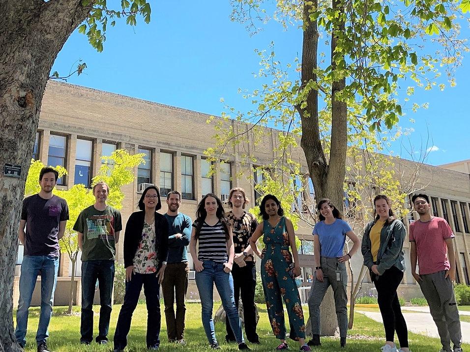 Lab Group May 2021.jpg