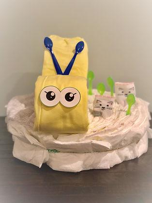 Large Snail Diaper Cake.jpg