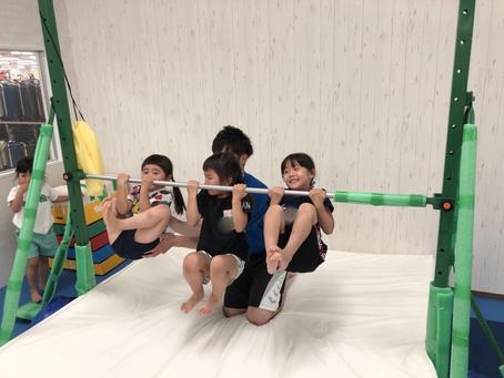 鉄棒強化中!!