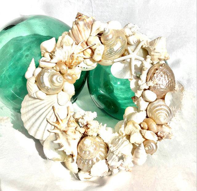 creamy white shell wreath