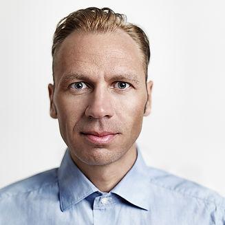 Tobias Oliver 1000px.jpg