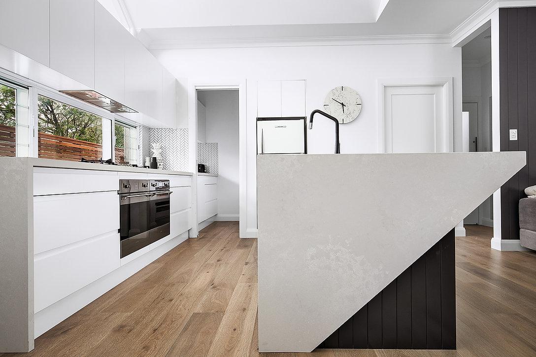 Kitchen_Works_Comer_4.jpg