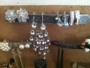 Pinterest Challenge – Use What You've Got: Jewelry Board