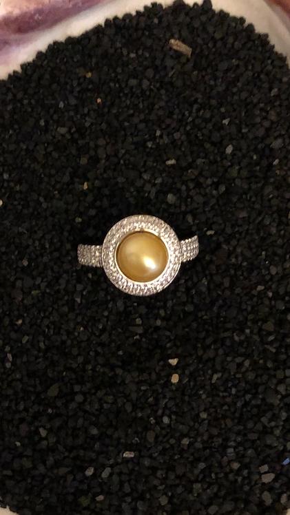 Round bling ring