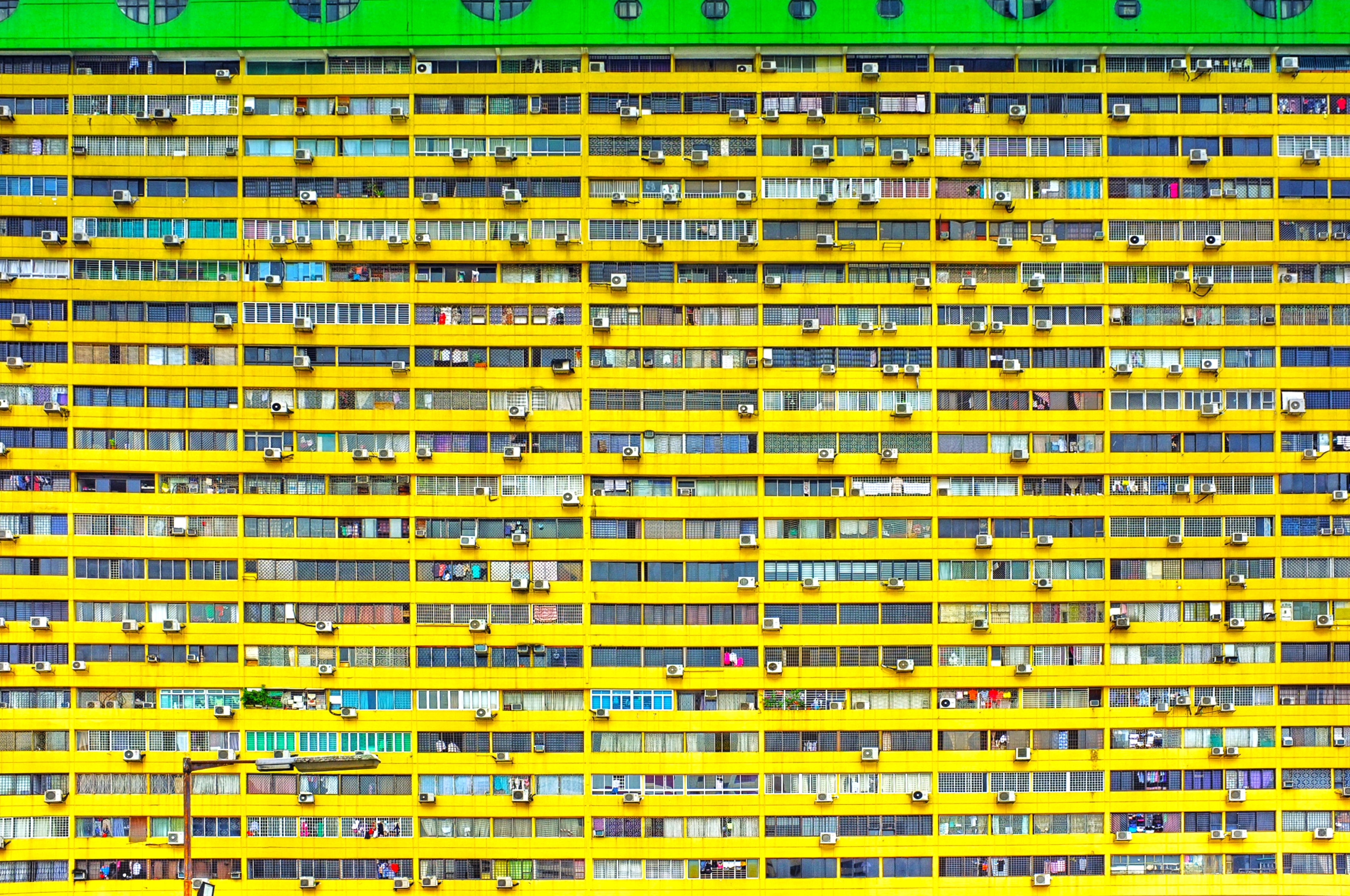 Bright Yellow Edificio Residenziale