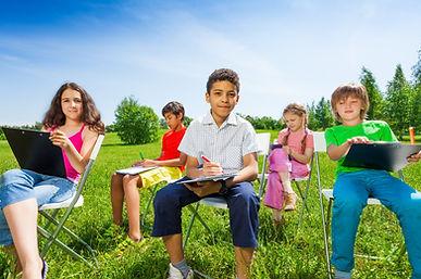 kids_learn_outside.jpg