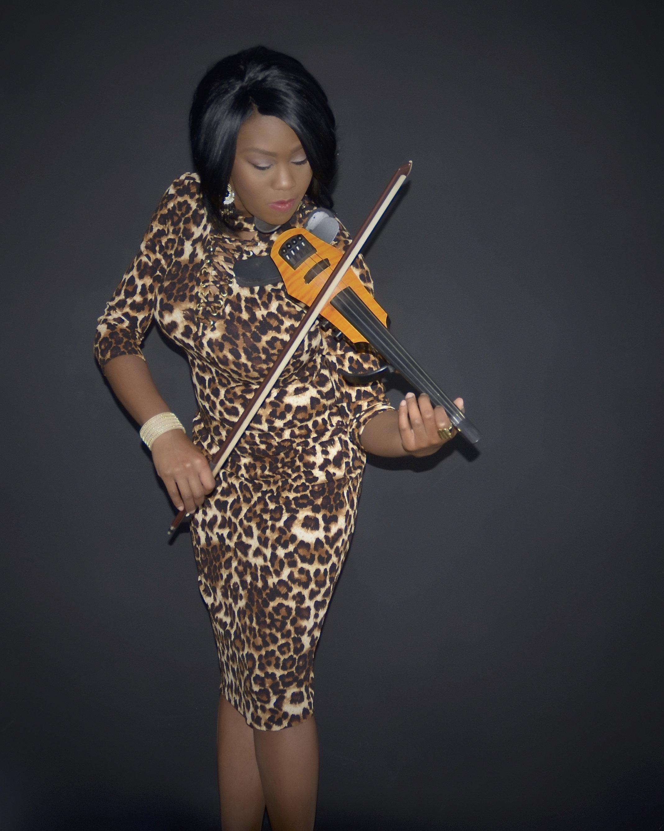 Javonne Jones-Javonne Jones-0014