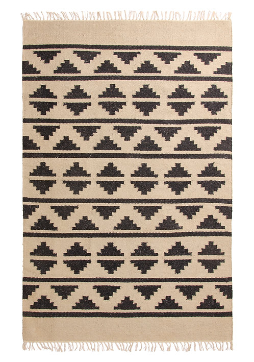 Patterned Recycled Yarn Rug