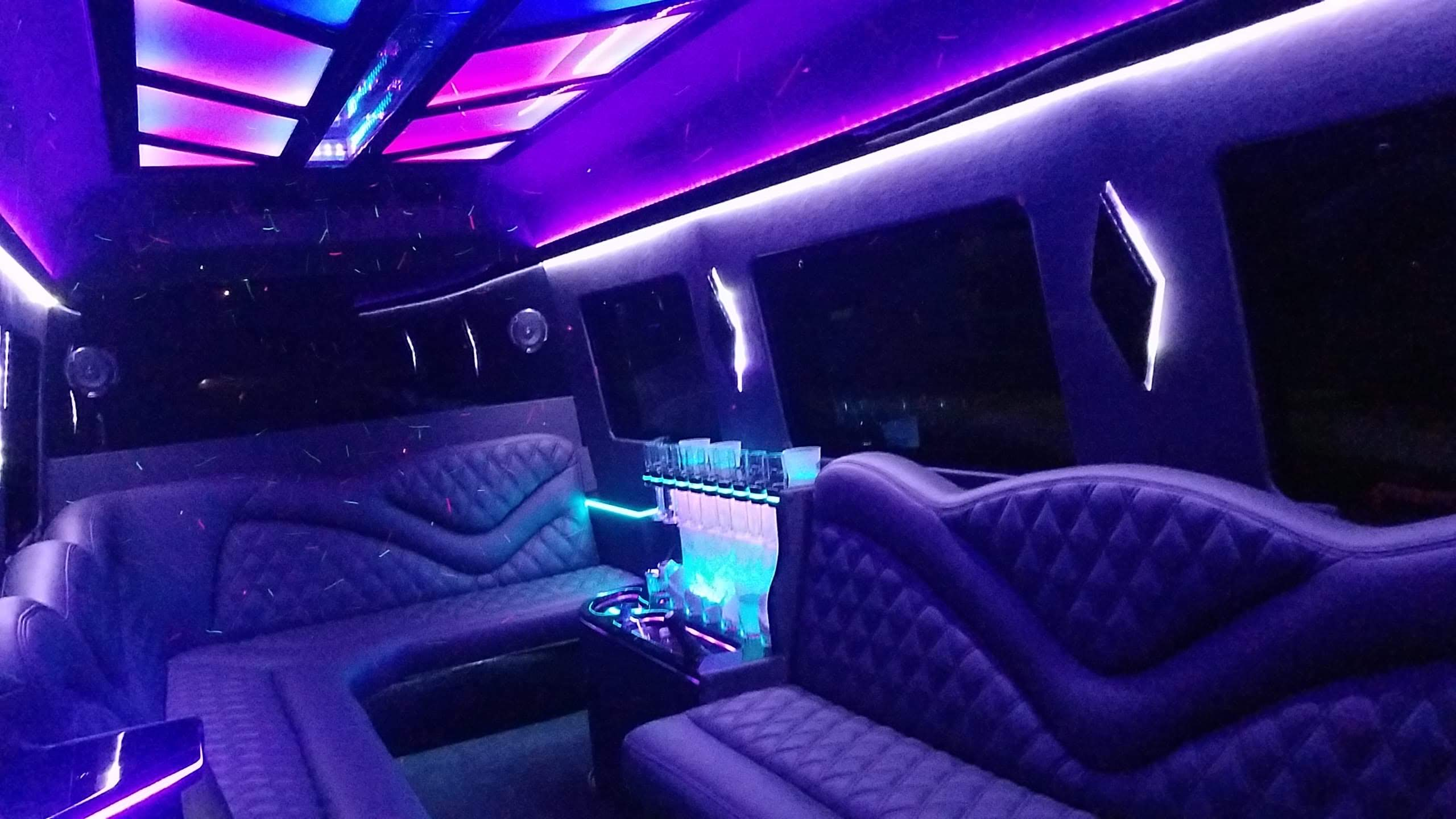 Mercedes Sprinter Limo Nashville top lim