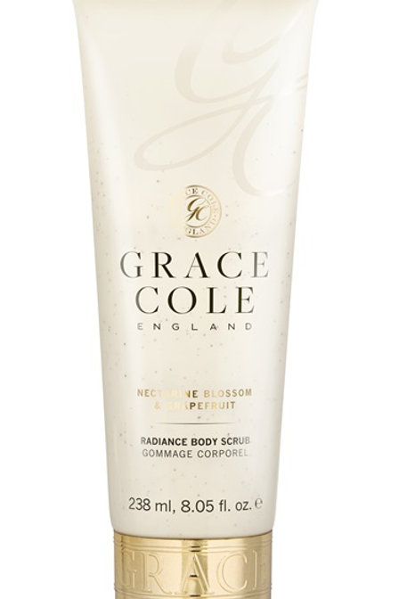 Grace Cole Nectarine & Grape Fruit Body Scrub - Schoonheidssalon Saona Aalst
