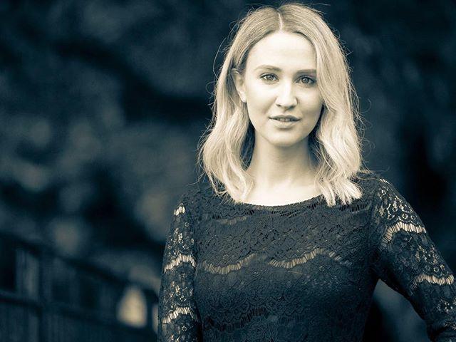 Portrait of the tv presenter Buffy