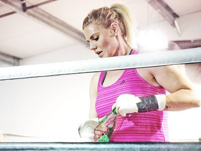 Angela taking a well earned break during her sparring session..