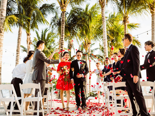 Isla Bella Beach Resort Intimate Wedding | Florida Keys Destination Wedding