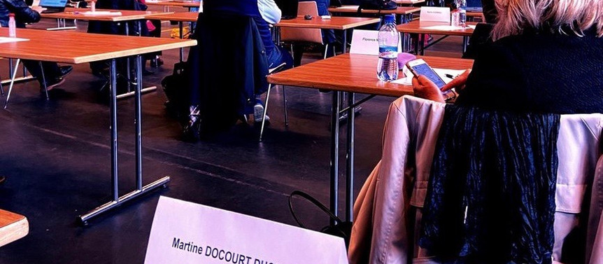 La session du Grand Conseil neuchâtelois COVID-19