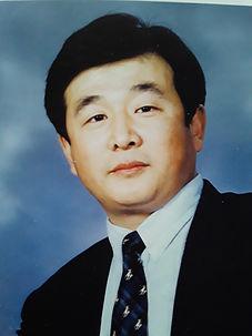 Народный Мастер цигун, г-н Ли Хунчжи