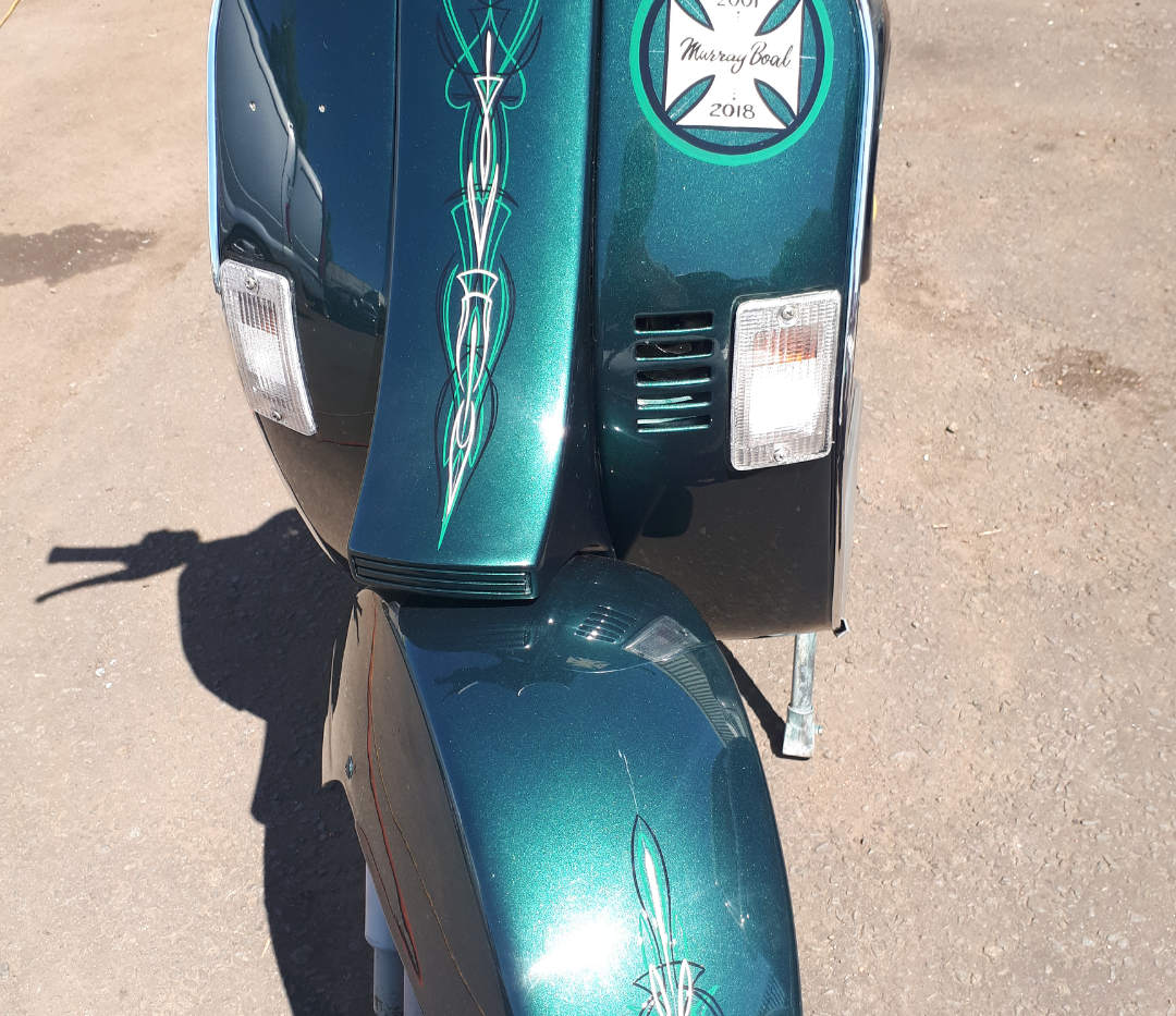 Pinstriped scooter