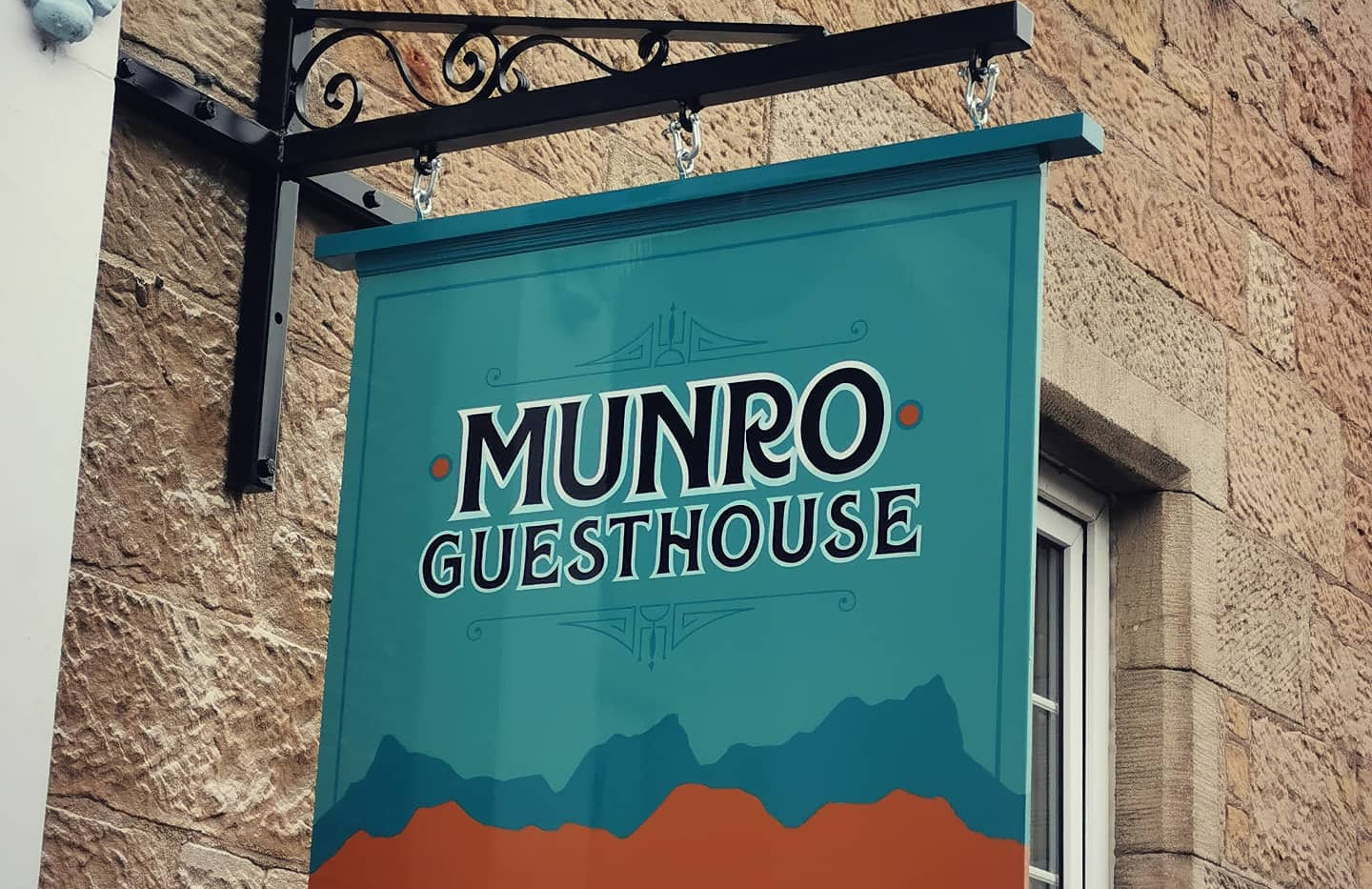 Munro Hanging Sign