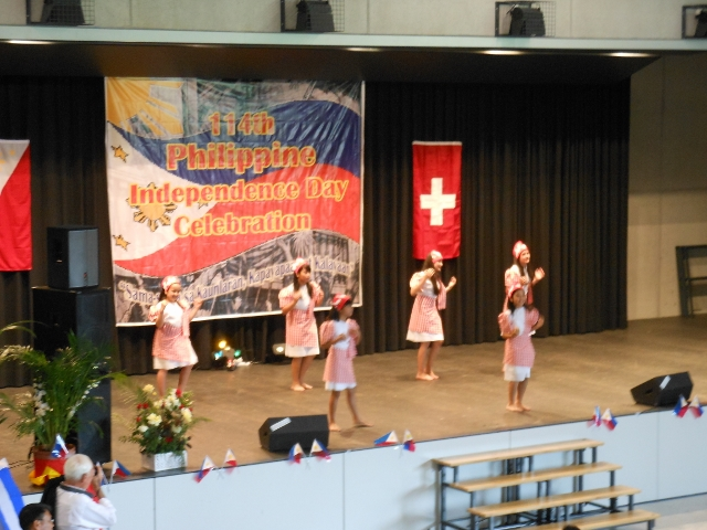 INDEPENDENCE DAY IN BERN 2012 041.jpg