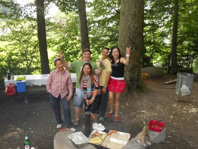 picnic in the Rain 033