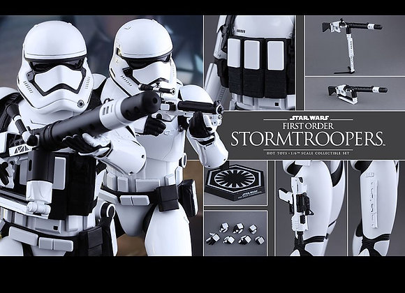 Hot Toys MMS319 STAR WARS: THE FORCE AWAKENS 1/6 FIRST ORDER STORMTROOPERS