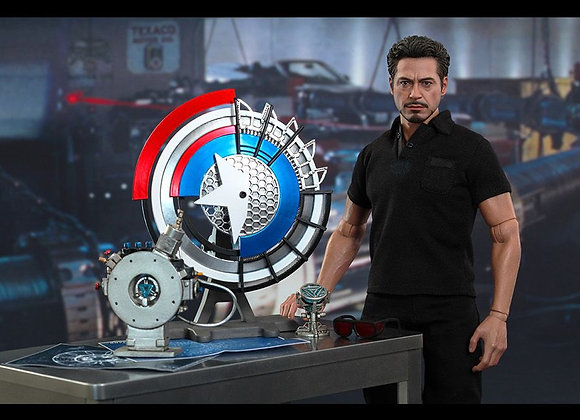 Hot Toys MMS273 IRON MAN 2 1/6 TONY STARK WITH ARC REACTOR CREATION ACCESSORIES