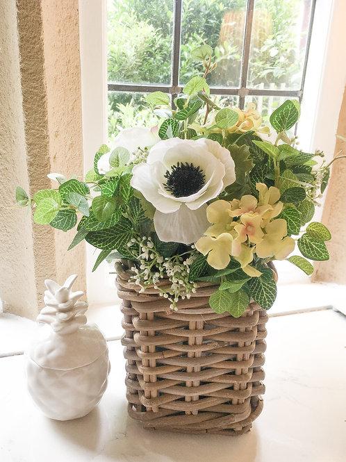 Poppy wicker basket