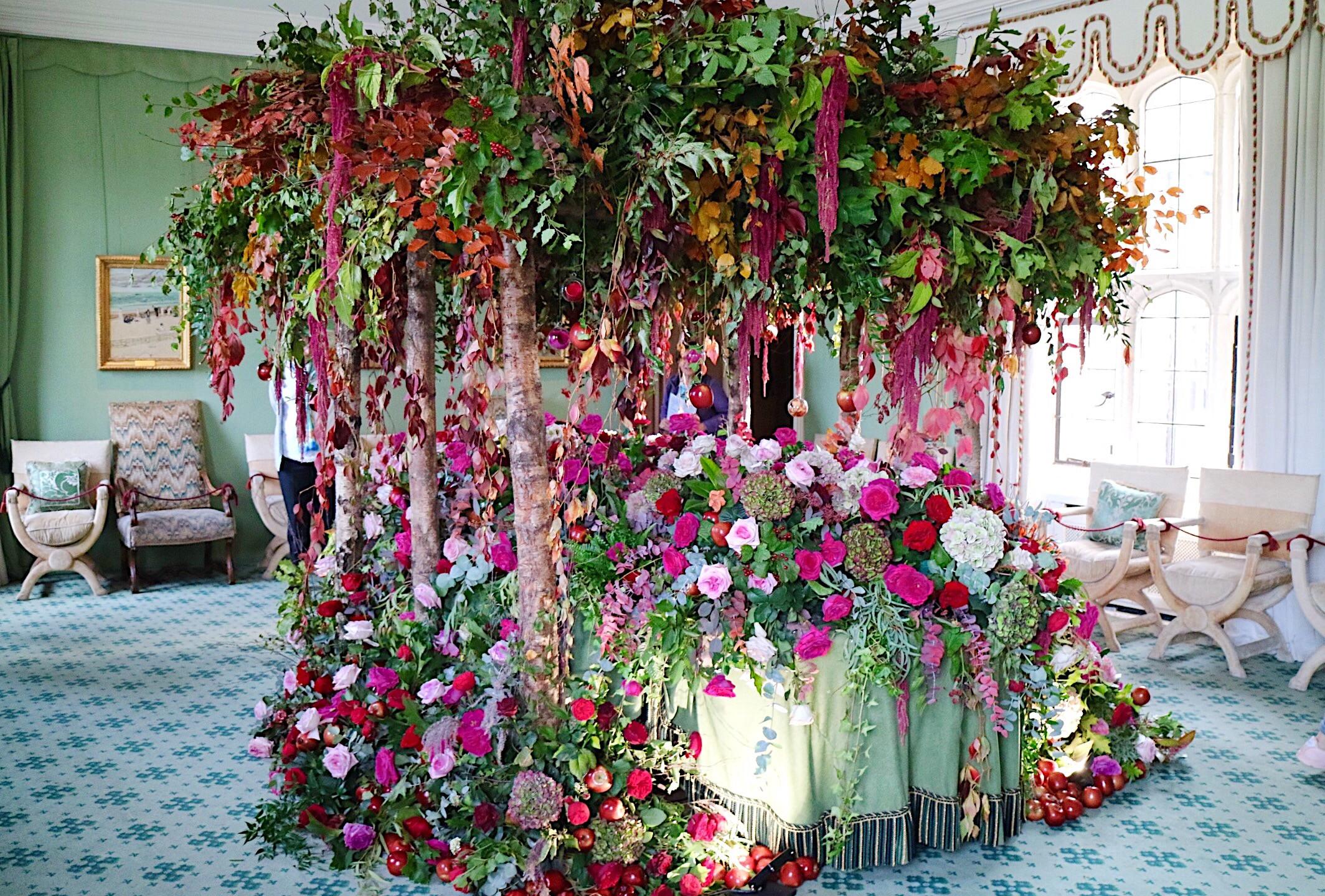 Gothic Snow White themed installation.