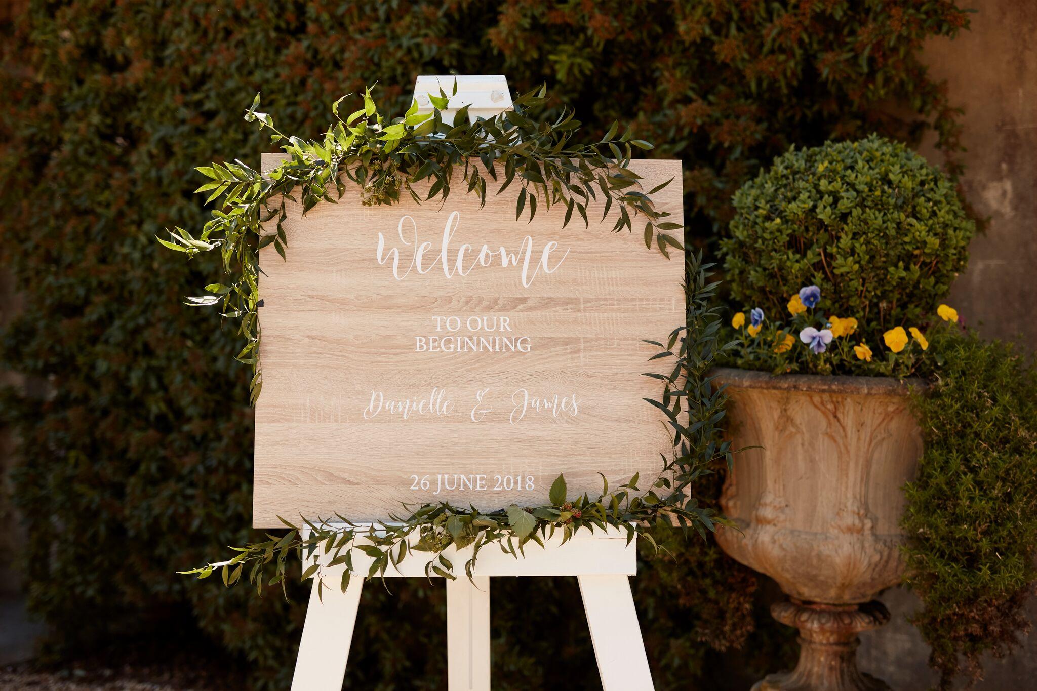 Hedges and Flowers Floral Design