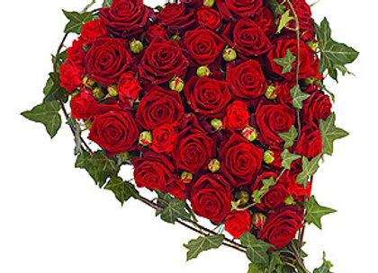 heart made of red roses and ivy