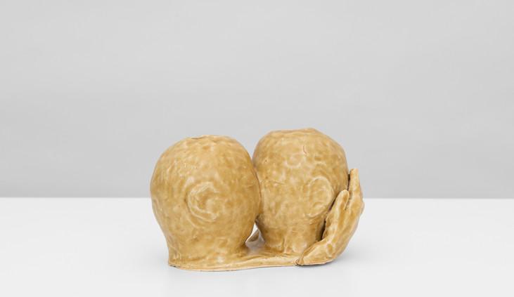 Kissing Vases