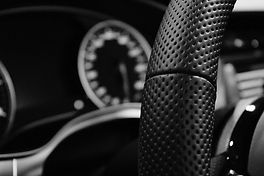 shallow-depth-of-field-photo-of-steering