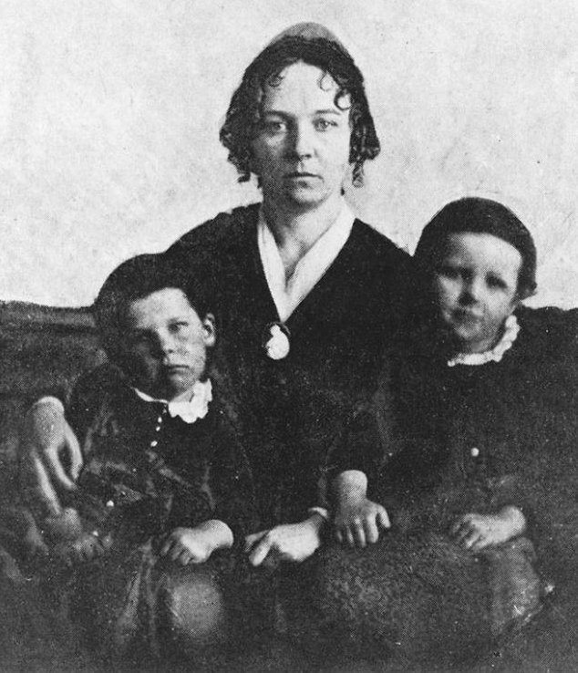 Elizabeth Cady Stanton with two of her seven Children