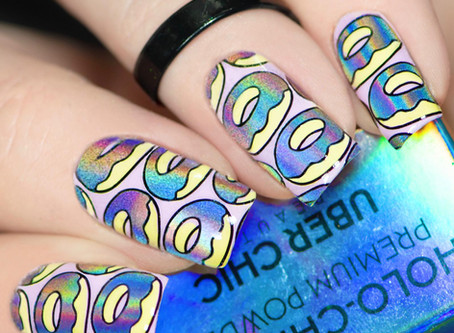 🍩 HOLO DONUT NAILS 💿 UberChic Beauty Nail Stamping Design
