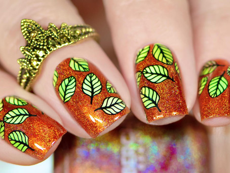 NEW STAMPING PLATE REVIEW | UberChic stamping plate 'Lovely Leaves - 05'