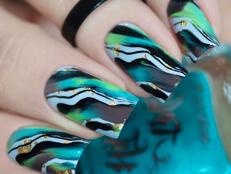 💚 Fluid Nail Art 💦 Stamping Nail Design using Hit the Bottle Products