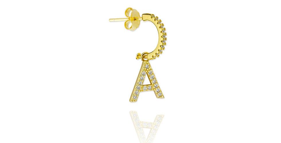Pendiente dorado letra A con circonitas