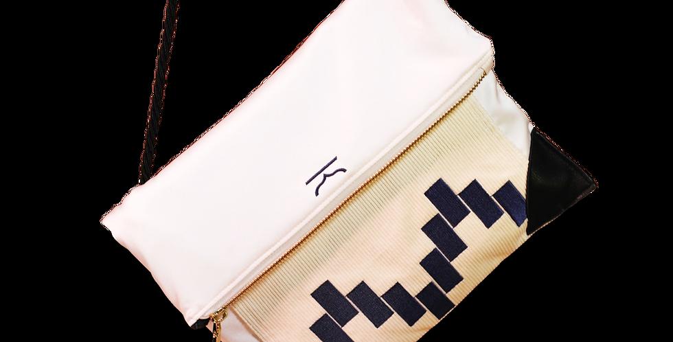กระเป๋าสะพายข้าง-ผ้าซาติน corduroy-สีขาว