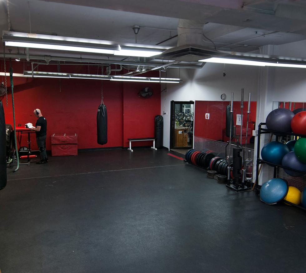 Multipurpose athletic room