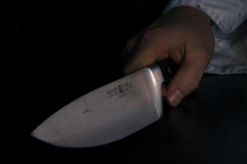 knife-376545_1280.jpg